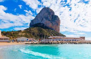 Calpe, panoramic of the beach with the Peñón de Ifach